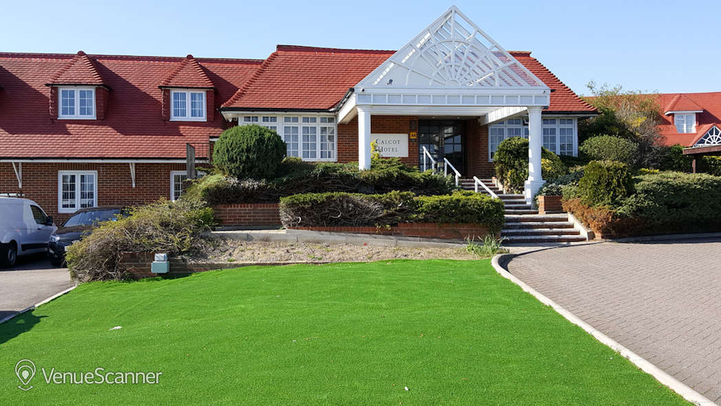Hire Best Western Calcot Hotel, Reading Kennet & Avon Suite 5