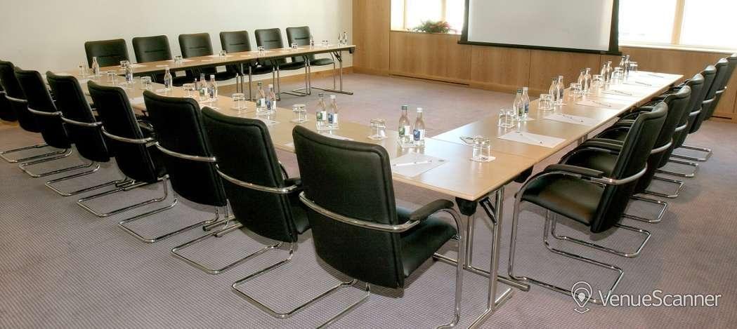 Hire Clayton Hotel Cardiff Meeting Room 6 4