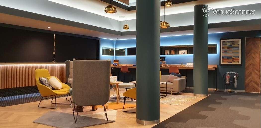 Hire Novotel Edinburgh Park Executive Boardroom 1