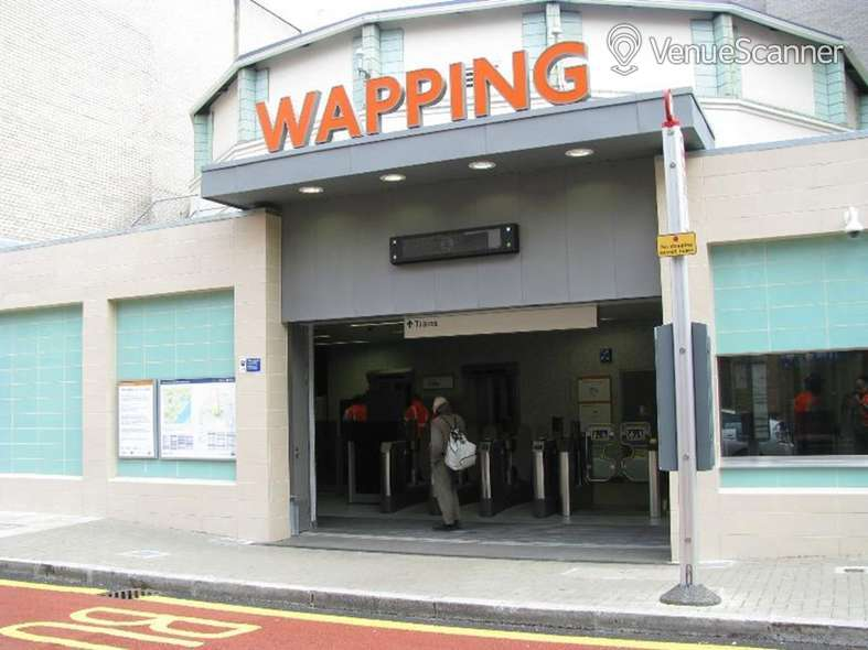 Hire Wapping Station The Concourse 4
