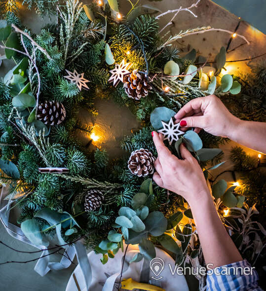 Hire Columbia Creative Wreath Making Studio Wreath Making Only