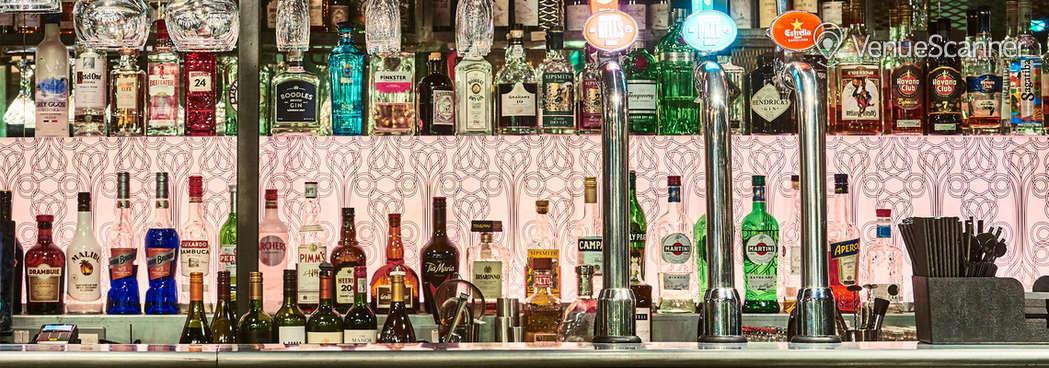 Hire New Road Hotel Bar 1