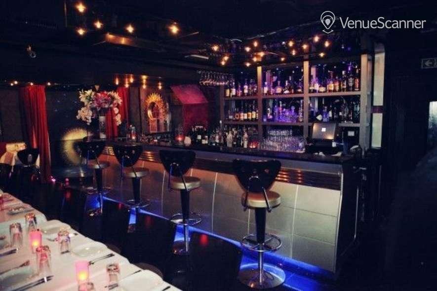 Hire Privee Knightsbridge Exclusive Underground Bar 1