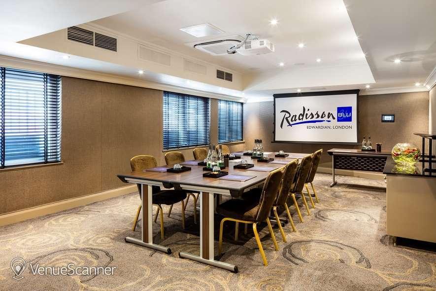 Hire Radisson Blu Edwardian, Kenilworth Private Suite 9