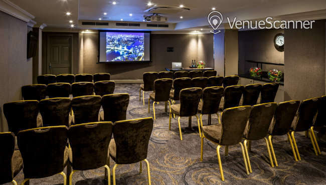 Hire Radisson Blu Edwardian, Kenilworth Private Suite 11