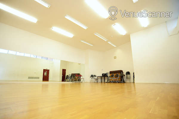 Hire Oxford House In Bethnal Green Dance Studio