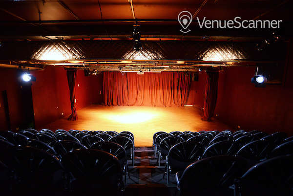 Hire Oxford House In Bethnal Green Theatre 1