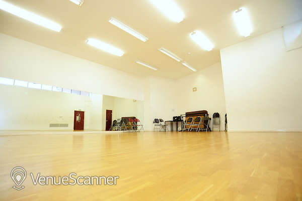 Hire Oxford House In Bethnal Green Dance Studio 1
