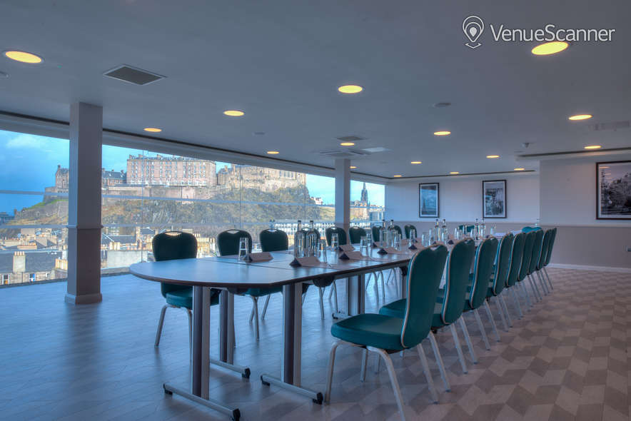 Hire Doubletree By Hilton Edinburgh City Centre The Penthouse / Skybar 11