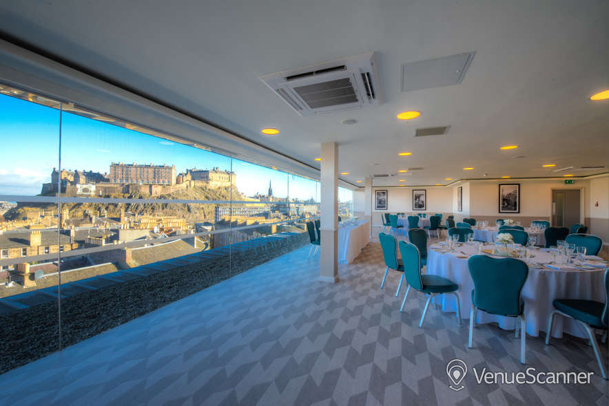 Hire Doubletree By Hilton Edinburgh City Centre The Penthouse / Skybar 26