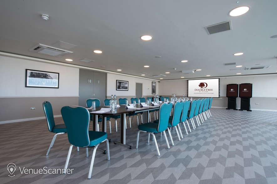 Hire Doubletree By Hilton Edinburgh City Centre The Penthouse / Skybar 3