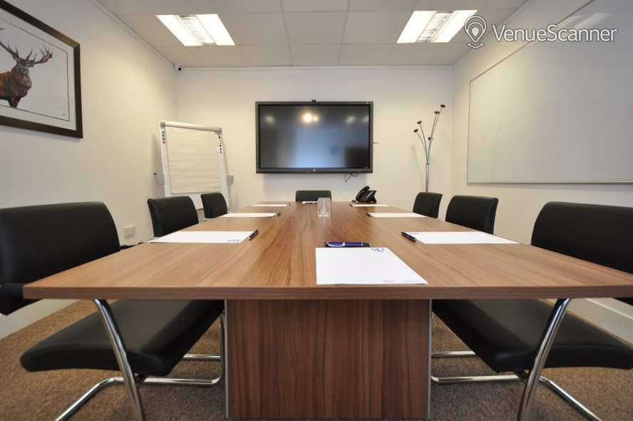 Hire Bizquarter Executive Room 3 2