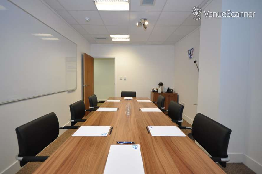 Hire Bizquarter Executive Room 3 4