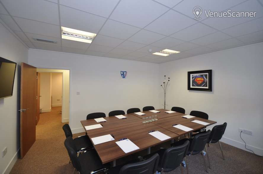 Hire Bizquarter Executive Room 3 1