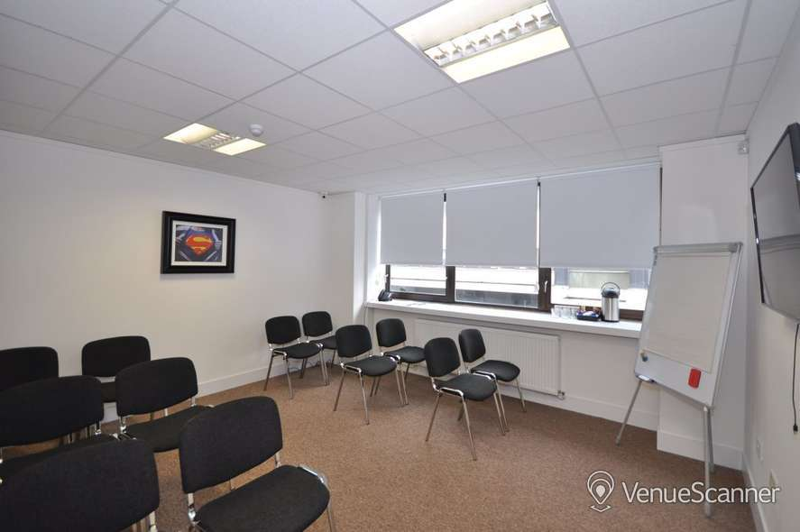 Hire Bizquarter Executive Room 3 5