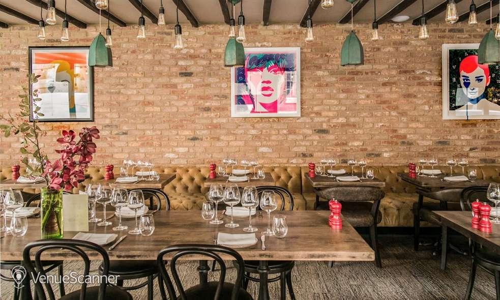 Hire Maddox Club & Pucci Mayfair Pucci Restaurant