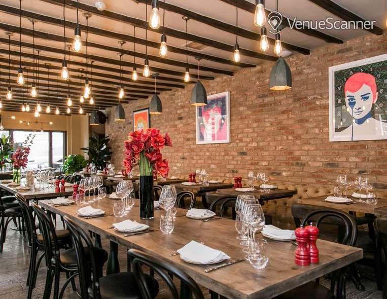 Hire Maddox Club & Pucci Mayfair Pucci Restaurant 5