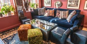 Jak's Mayfair, Blue Lounge